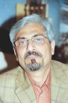 Photo of Professor Rasheed El-Enany