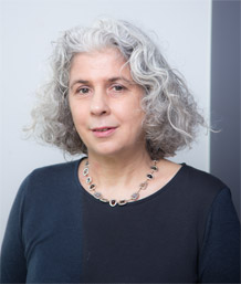 Photo of Dr Helena Wray